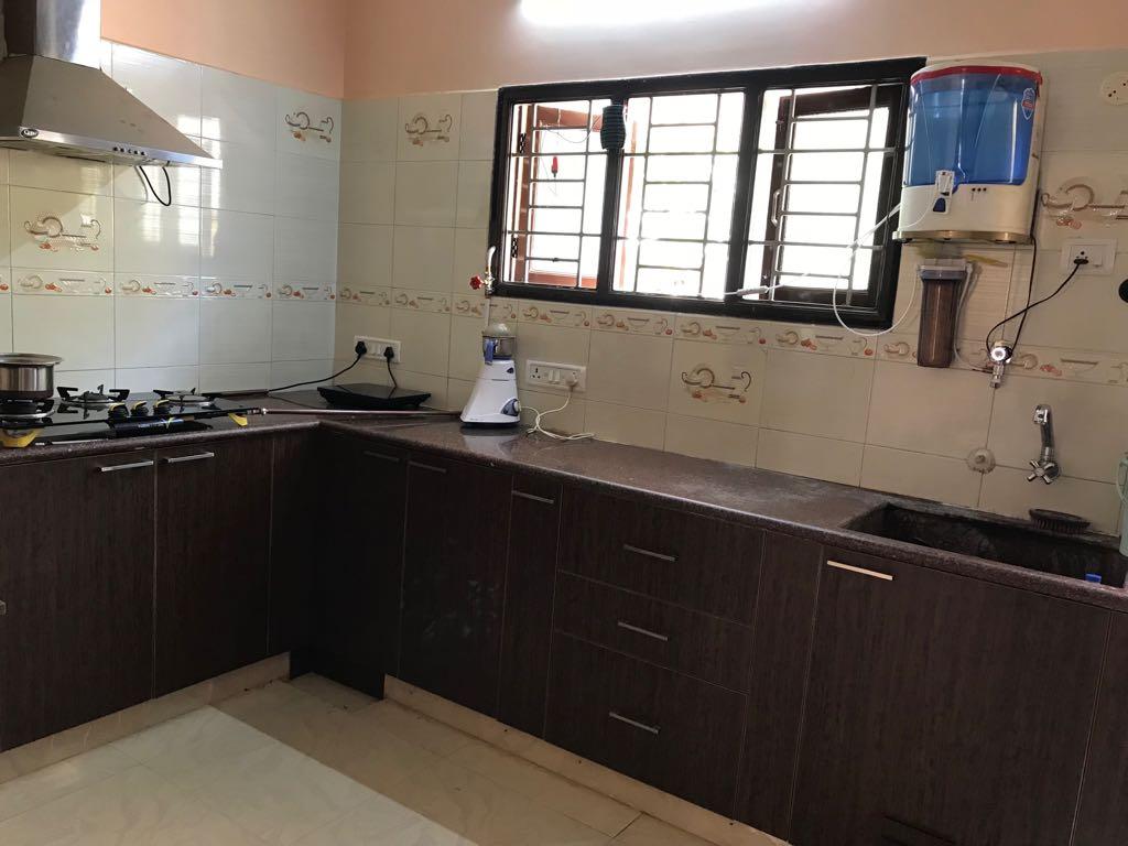 Sankar, Independent House, Kolathur